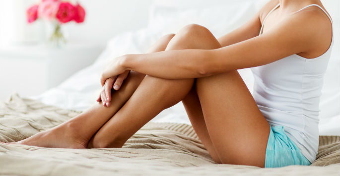 womans smooth skin after waxing