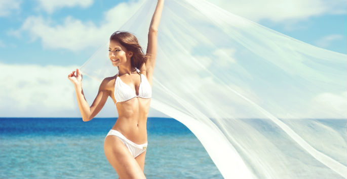 woman wearing bikini after ultimate cellulite treatment