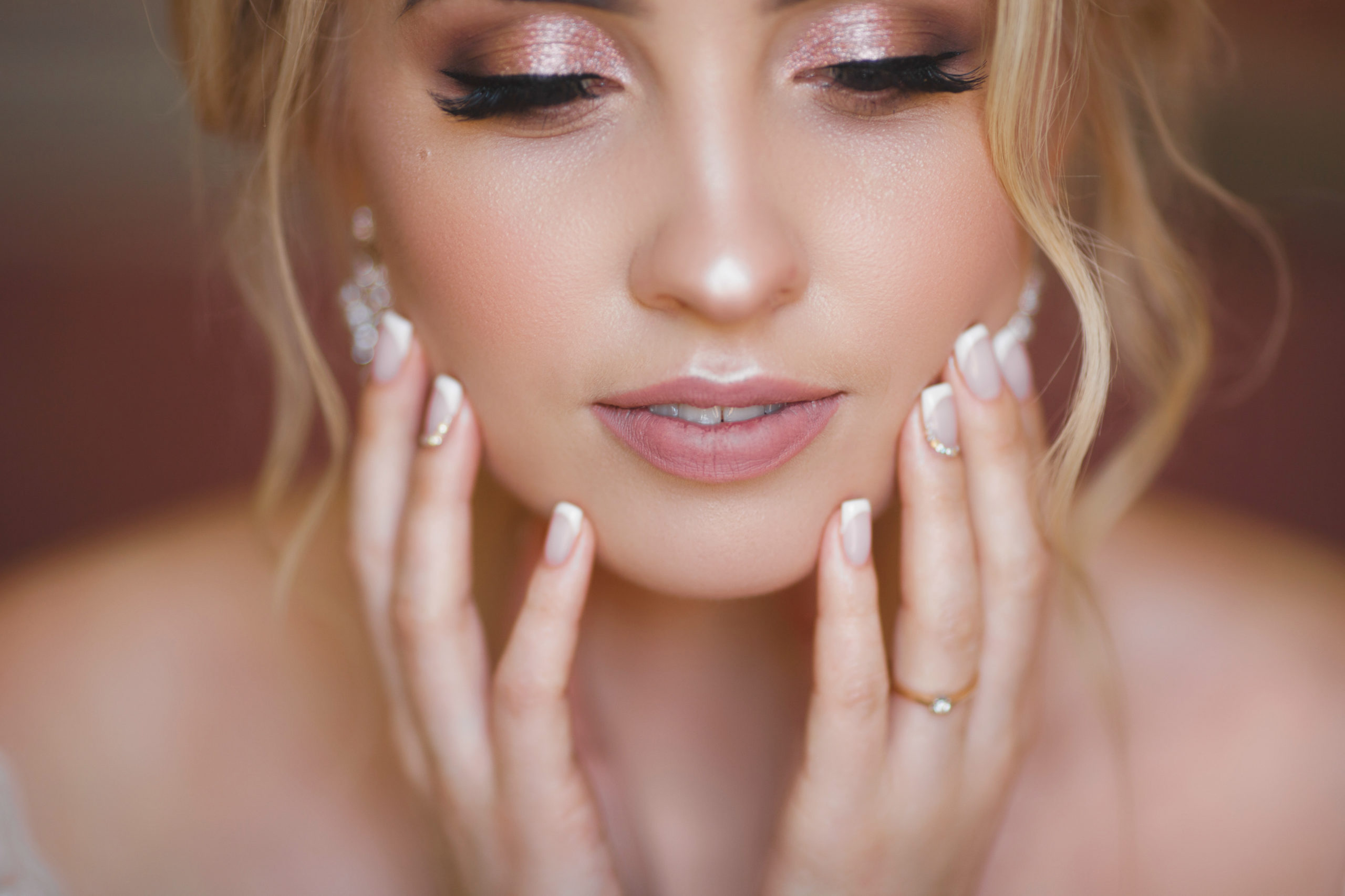 bride with perfect skin