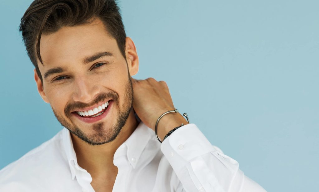 A man with great hair due to no surgical hair restoration